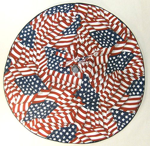 Small Tabletop Patriotic / Fourth of July Tree Skirt , 21'', U.S. Flag Pattern by Arkansewn