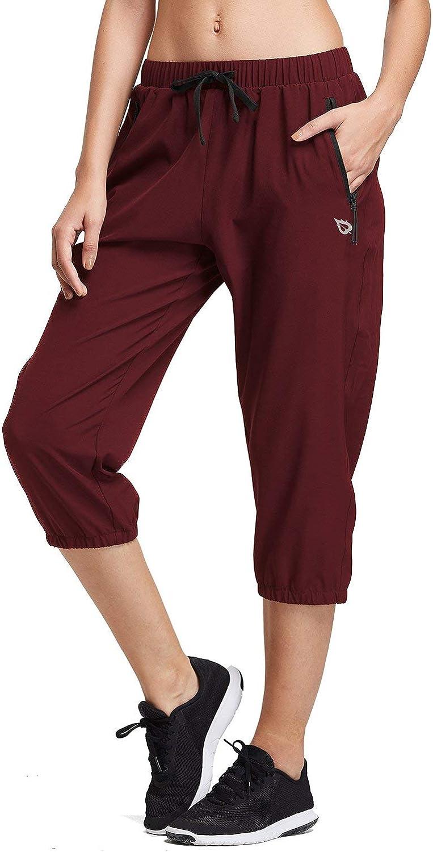BALEAF Women Lightweight Capri Jogger Hiking Shorts Running Capri Pants Quick Dry UPF 50+ Zipper Pockets: Clothing