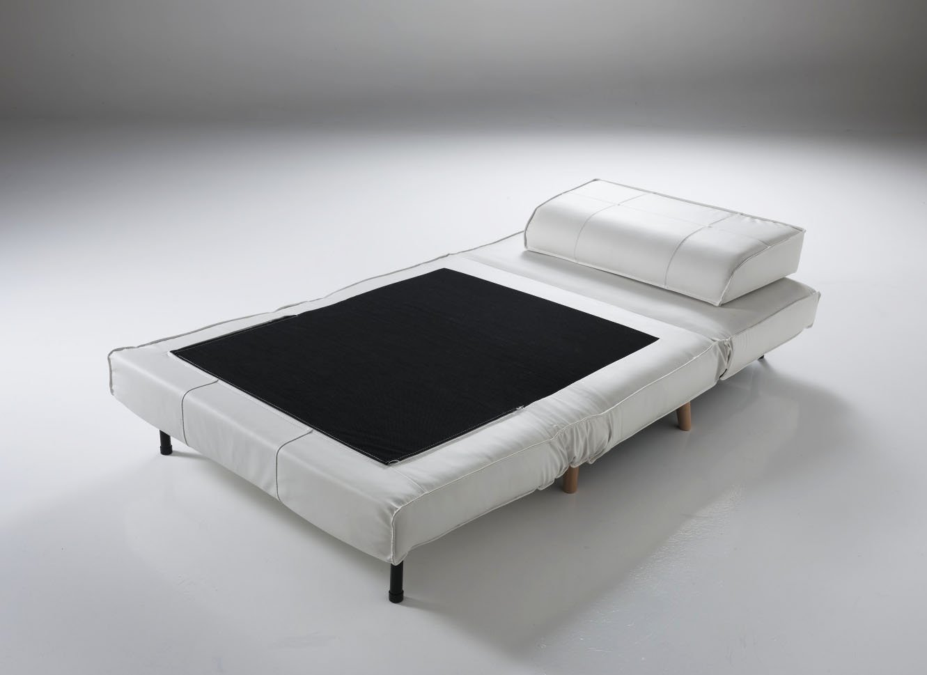 Best letto in pelle ideas for Poltrona design amazon