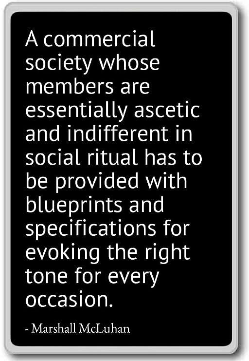 Imán para nevera con cita de Marshall McLuhan, negro: Amazon.es: Hogar