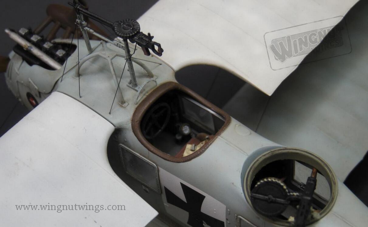 Wingnut Wings 1:32 Roland C.II Biplane Plastic Model Kit #32026 by Wingnut Wings (Image #3)