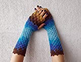 Dragon scale gloves Fingerless gloves Crochet winter gloves Texting gloves Lace womens gloves Scaled Fingerless mittens Wrist warmers