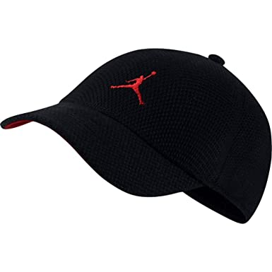 new concept 56020 7dca4 Jordan Cap - Wings Knit Flex Black red Size  L XL  Amazon.co.uk  Clothing