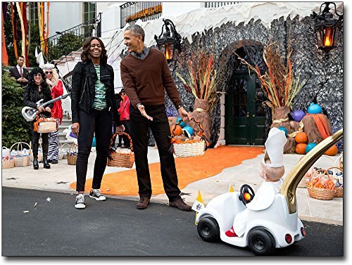 President and First Lady Obama with Child in Pope Halloween Costume 8x10 Silver Halide Photo Print