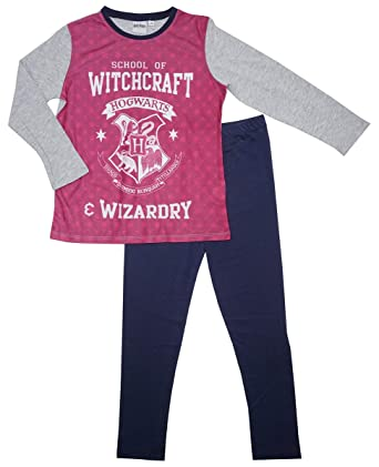 981460d8e9de5 Girls Official Harry Potter Hogwarts School of Witchcraft Pyjamas Sizes  from 3 to 10 Years: Amazon.co.uk: Clothing