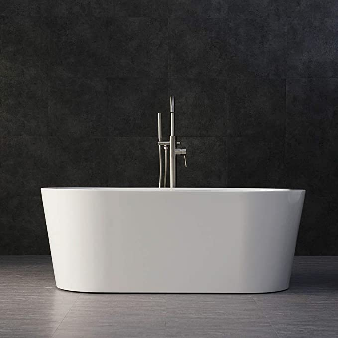 Best Acrylic Bathtub: Woodbridge B-0010