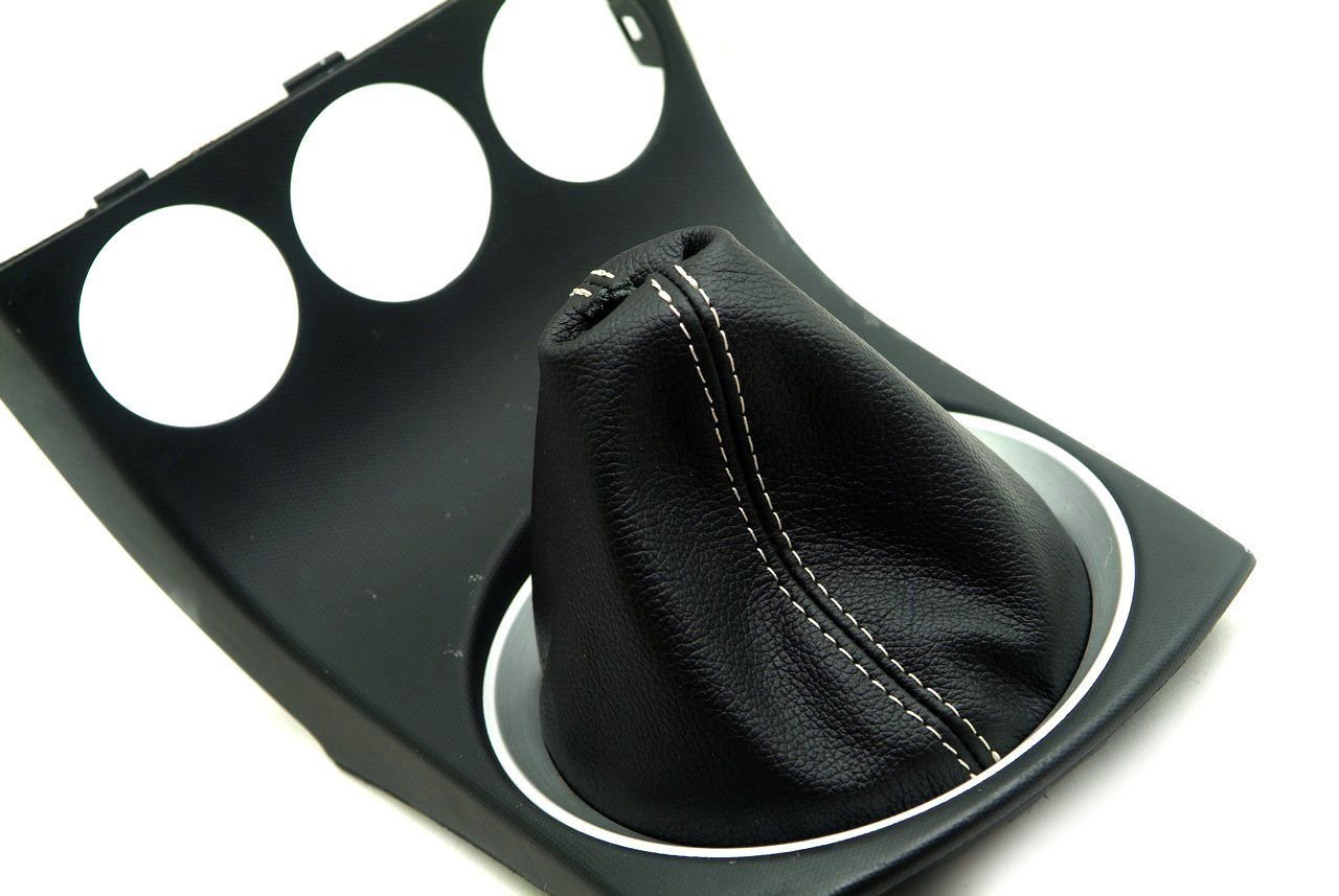 Autoguru Nissan 350Z 03-08 Manual Shift Boot Synthetic Leather Black Beige Stitch