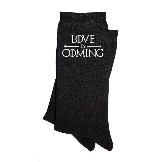 Calcetines de mujer Love is coming. Calcetines divertidos, con mensaje. Parodia Juego de tronos. Regalo enamorados San Valentín.