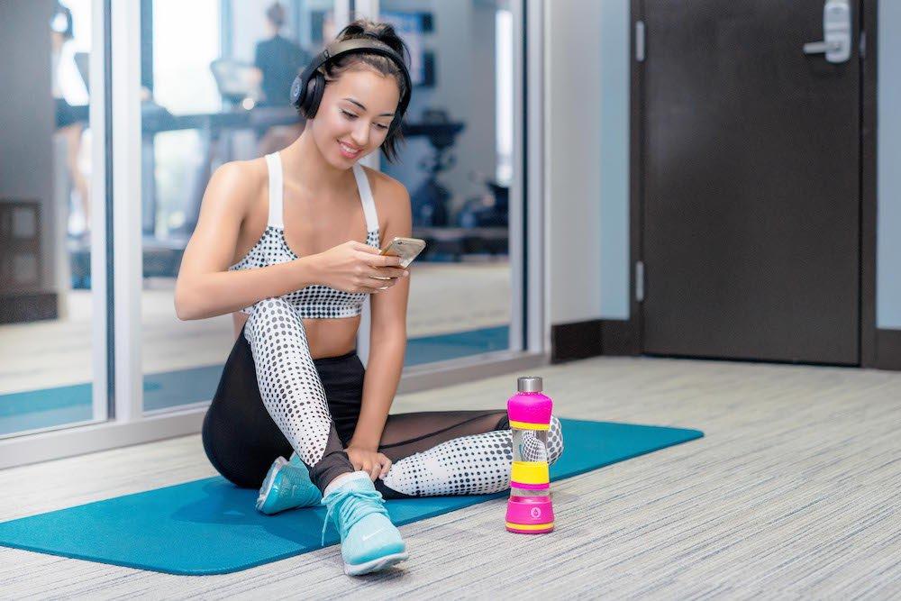 H2OPal Smart Water Bottle Hydration Tracker Out of Galaxy Inc 2AETMD0H2O-B1