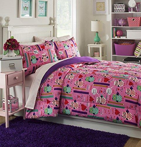 - Brunton International, Inc 30742AM Girls Rule Mini Comforter Set - Full, 3 Piece