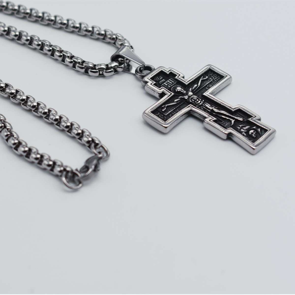 Unisex GANG SHI DAI Stainless Steel Crucifix Necklace with Pendant of Jesus Christ Cross