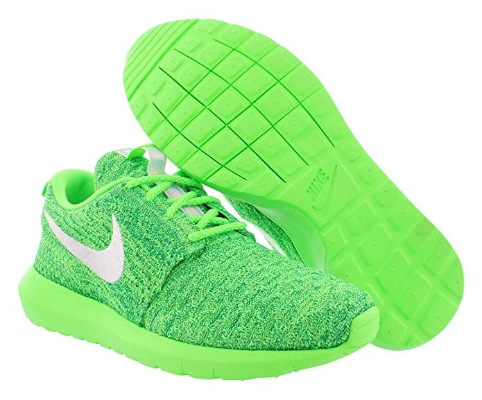 quality design 90114 63eba Amazon.com   NIKE Women s Rosherun Flyknit Running Shoes   Road Running