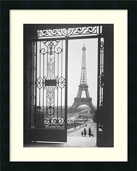 Amazon Com Framed Wall Art Print The Eiffel Tower From The Trocadero 1925 By Gall 18 12 X 22 12 In Home Kitchen
