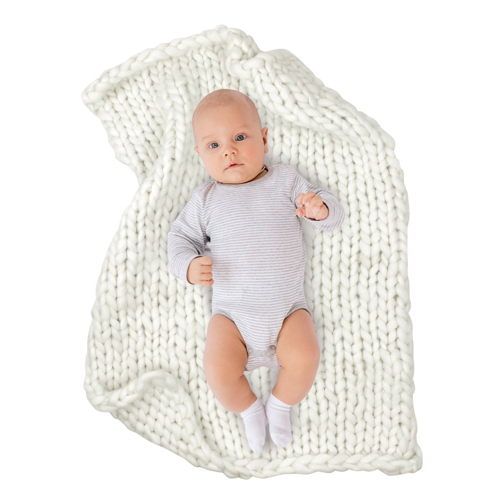 ICOSY Chunky Knit Blanket Newborn Knit Blanket Yoga Bulky Knitted Baby Shower Gift Pet Bed Chair Sofa Pad Baby Photo Prop Mat Rug Throw(White, 31.5''x23.6'')