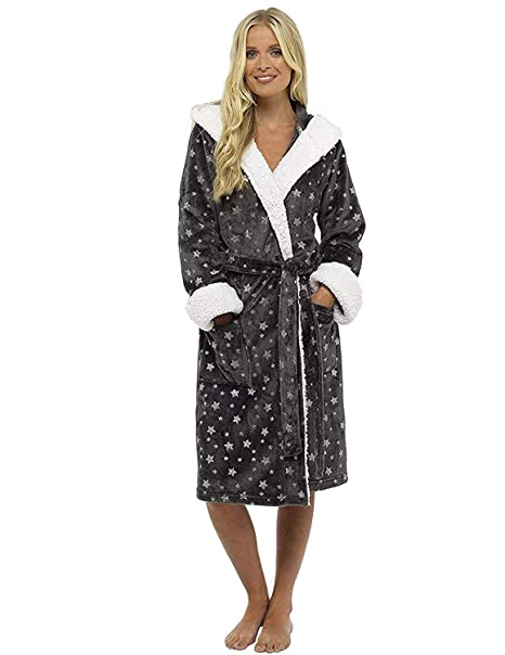 92dc82a3323 Ladies Dressing Gown Shaggy Soft Fleece Women Gowns Robe Bathrobe  Loungewear for her  Amazon.co.uk  Clothing