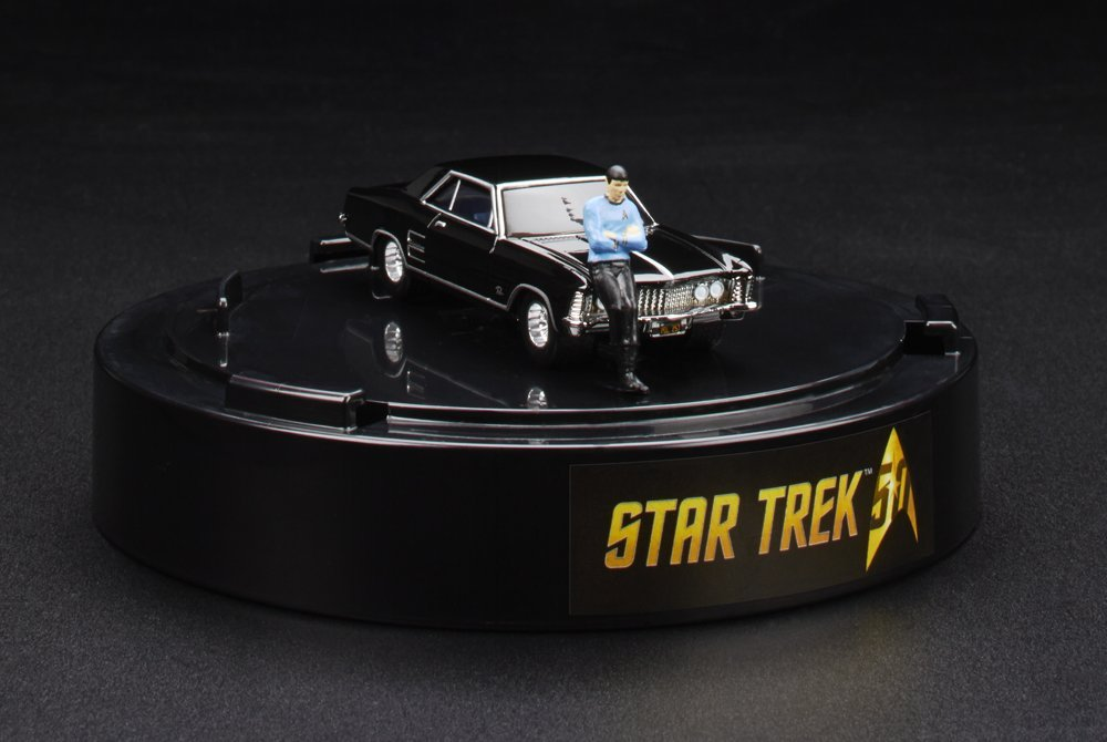 SDCC 2016 Star Trek Hot Wheels 64 Buick Riviera with Spock 1:64 B01IX3CLXY