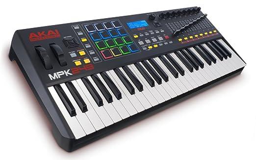 4 opinioni per AKAI Professional MPK249 Tastiera MIDI e Controller con 49 Tasti Semi-Pesati,