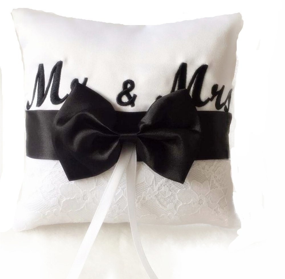 Dollbling Elegant Mr&Mrs Embroidery with Black Bowknot Design Wedding Ring Bearer Pillow, Party Favors 15cm×15cm