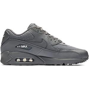 huge discount a5303 37401 Nike Men s Air Max 90 Essential Low-Top Sneakers