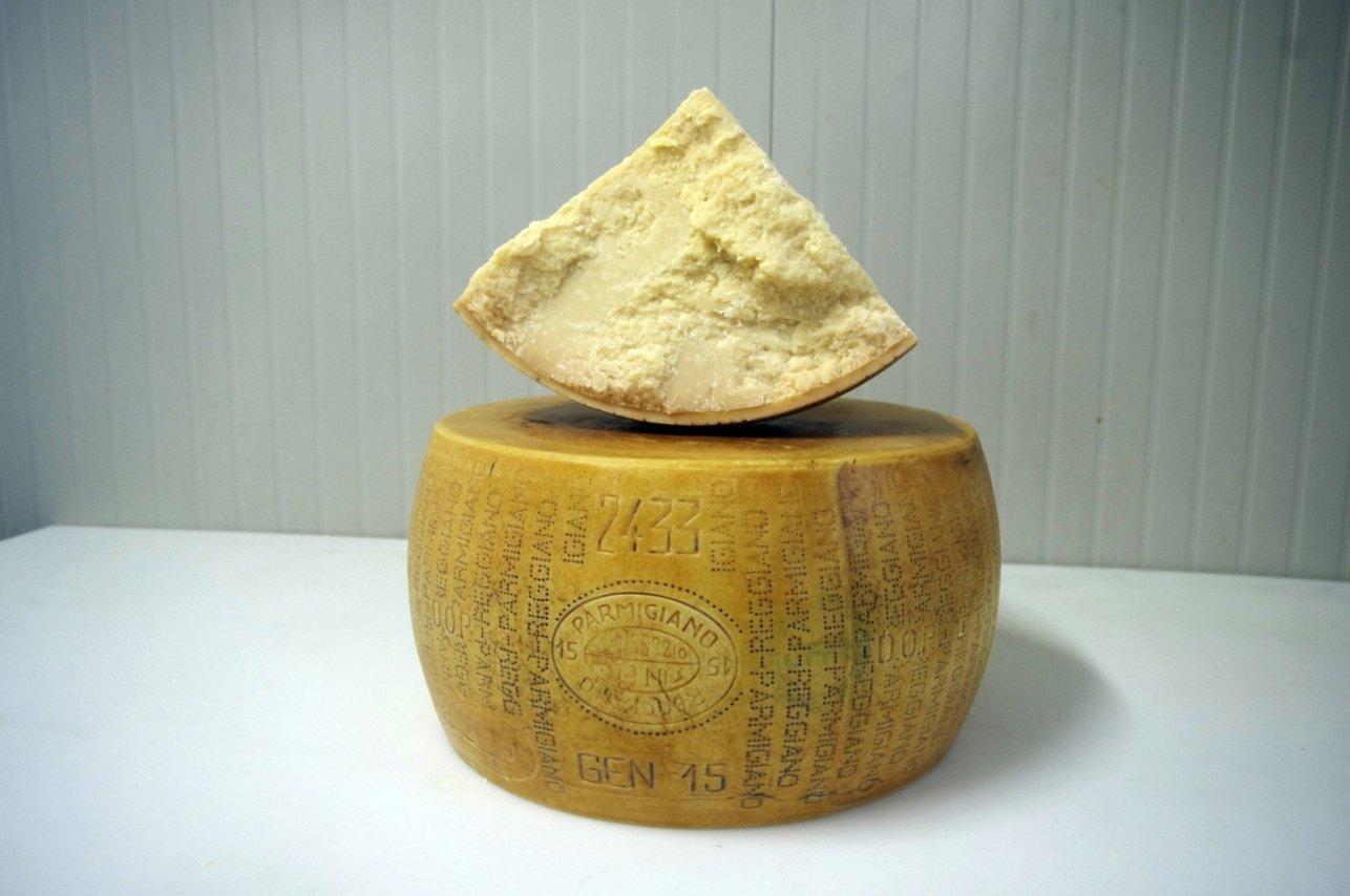 Azienda Agricola Bonat - Parmigiano Reggiano - 24 Months (4.5 kg)