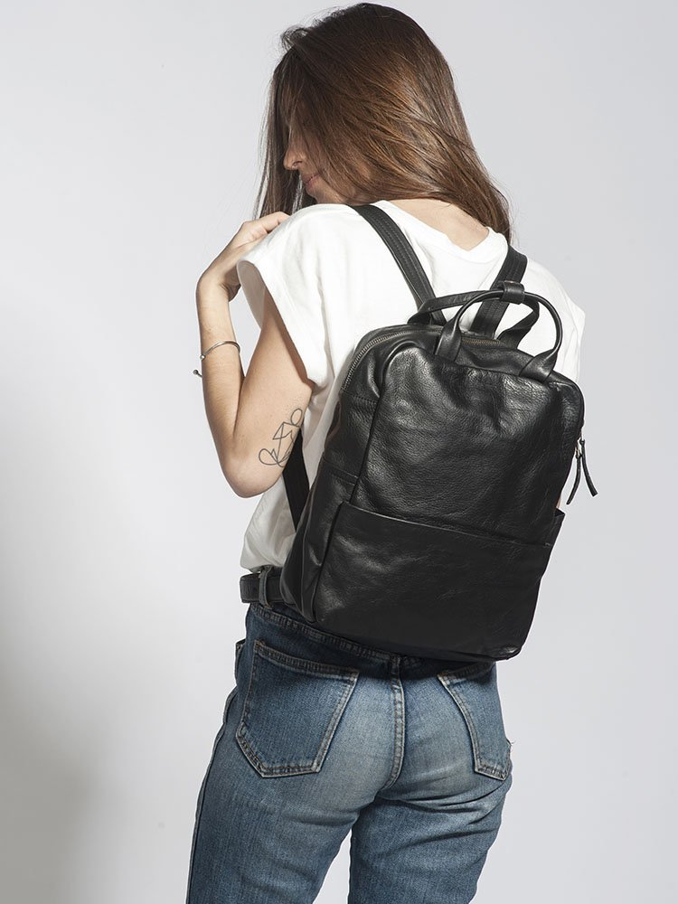 Handcrafted Unisex Soft Black Leather 13 Inch Laptop Backpack Women Men