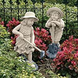Design Toscano NG929872 Young Gardeners Statue