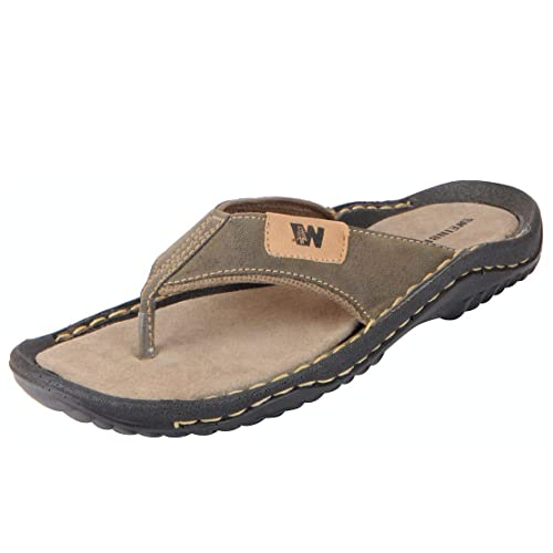 f0712eda35ae BATA Men s House Slippers  Buy Online at Low Prices in India - Amazon.in