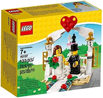 Lego # 40382 Birthday Cake Table Decoration Building Set NEW IN HAND
