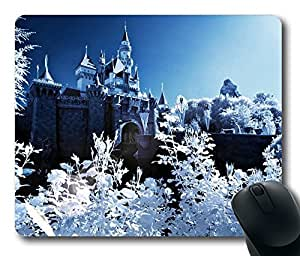 Design Mouse Pad Desktop Laptop Mousepads Sleeping Beauty Castle Winter Comfortable Office Mouse Pad Mat Cute Gaming Mouse Pad