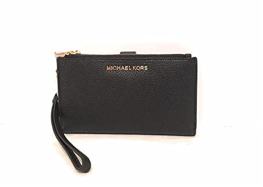 d6aad4b47fcd Michael Kors Jet Set Travel double Zip Wristlet Black: Handbags ...