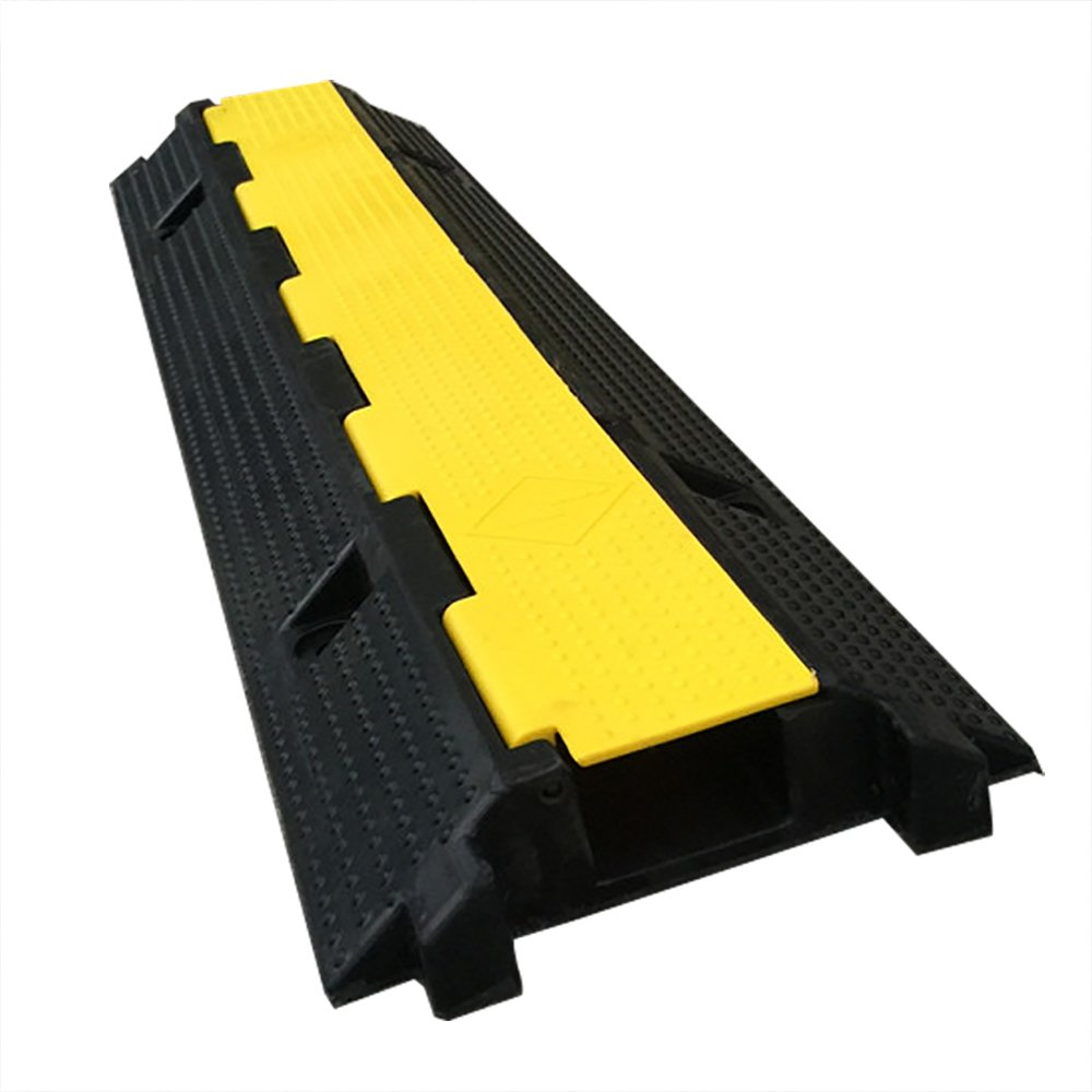 Espero Rubber Speed Bump Cordline Black/Yellow Diagonal Stripes, For Concrete Installation W10.23''L39.4''H2.36'' 3pack