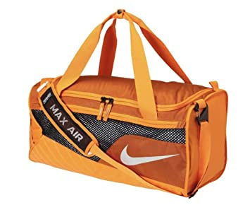 huge discount cd455 57956 Amazon.com   Nike Tennessee Volunteers Vapor Max Air Duffel Bag (Orange)    Sports Duffels