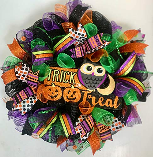Homemade Halloween Wreaths (Halloween Mesh Wreath in Black, Green,)