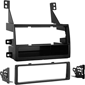 Metra 99-7419 Single DIN Installation Kit for 2005-2006 Nissan Altima Vehicles without Navigation (Black)
