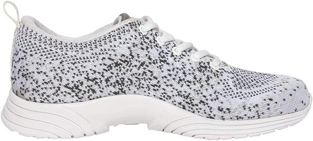 Beachbody Womens Thrust Spark Training Casual Shoes,