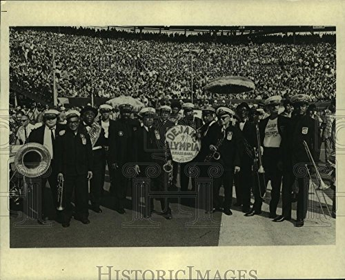 - Vintage Photos 1975 Press Photo Olympia Brass Band Performs a Large Arena Crowd - 8.25 x 10 in. - Historic Images