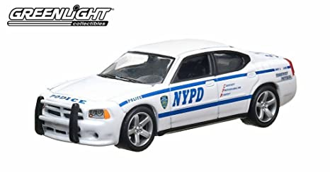 Amazon Com Agcat Greenlight 1 64 Scale Nypd 2010 Dodge Charger New