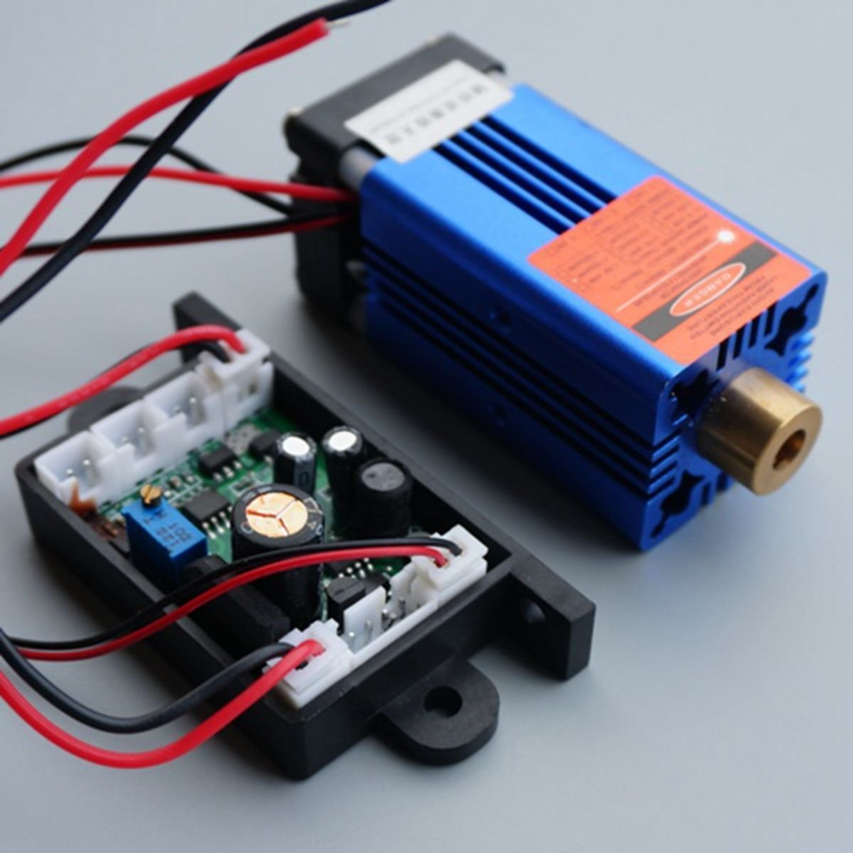 1000mw Industrial/Lab 850nm 1W Infrared IR Dot Laser Module 12V Burning Matches with TTL Fan Cooling & Long Time Working