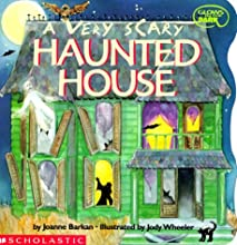 A Very Scary Haunted House (Glows in the Dark)