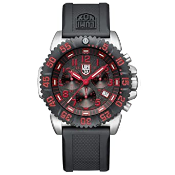 75c068b4b4e Amazon.com  Luminox Men s 3195 Swiss Quartz Movement Chronograph ...