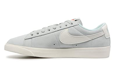 Nike Blazer Low, Scarpe da Ginnastica Basse Donna: Amazon.it ...