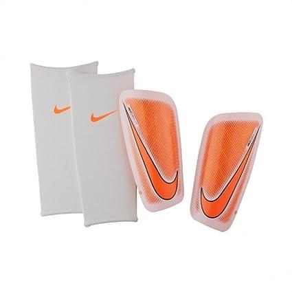 2a4dcfc4a9c Amazon.com   Nike Mercurial Lite Shin Guard   Sports Related ...