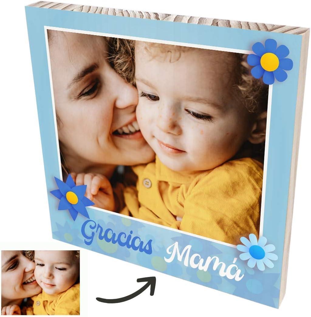 Cuadro personalizado con foto para regalar a tu mamá. Foto personalizada en madera natural. Regalo original con foto para el día de la Madre. (Modelo Azul, 20x20 cm.)
