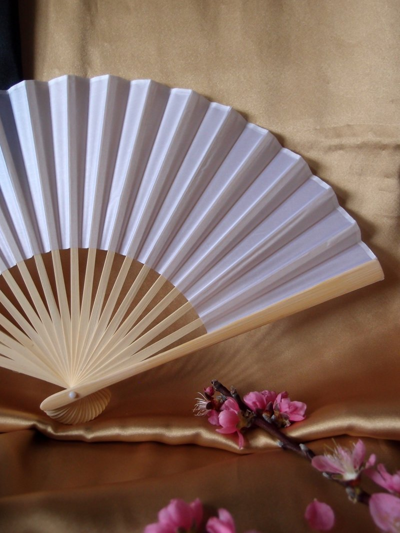 Quasimoon PaperLanternStore.com Bulk CASE 9'' White Silk Hand Fans for Weddings (50 Pack)