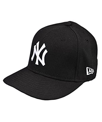 40bd0b26e94ea Amazon.com  New York Yankees 2010 Game Authentic On-Field Cap Hat ...