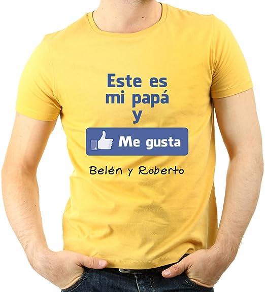 Calledelregalo Regalo para Padres por su cumpleaños, Navidad o el Día del Padre: Camiseta Personalizada Amarilla Me Gusta con su Nombre y el de Sus Hijos en Varias Tallas: Amazon.es: Hogar