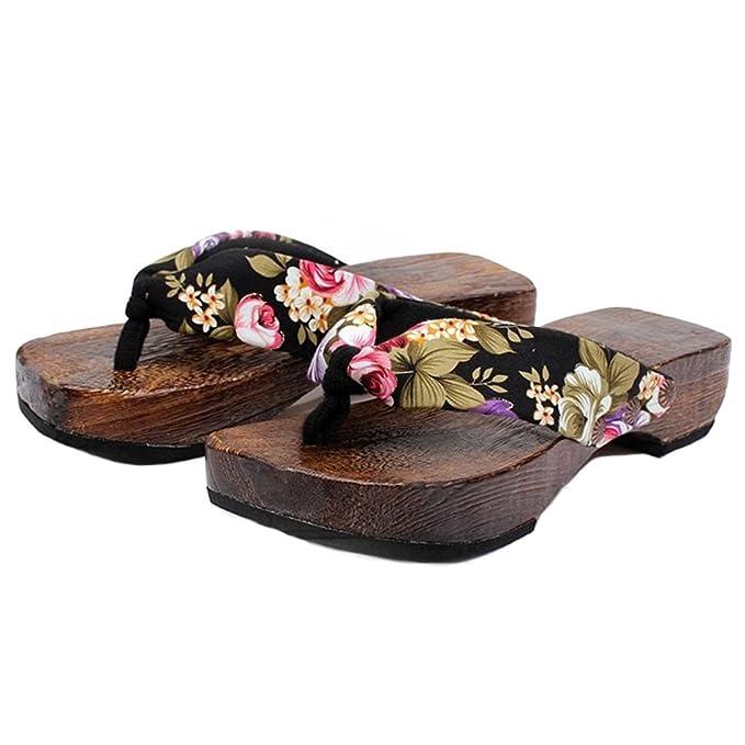 a2ffdc2e6be Amazon.com  Ainiel Woman s Japanese Traditional Clogs Geta Sandals  Clothing