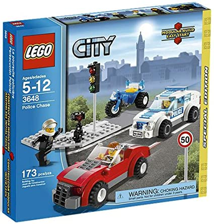 Amazon.com: 3648 POLICE CHASE Special Edition LEGO 2011 City Series ...