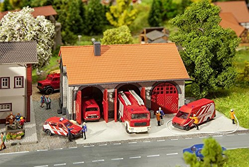 Faller 222209 Fire Brigade Engine House N Scale Building (Engine House Kit)
