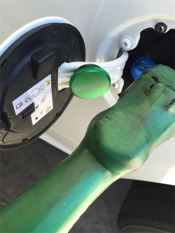 Diesel Magnetic Fuel Cap Billet Aluminum for 2013-2017 Dodge Ram 1500 2500 3500 TOPNEW
